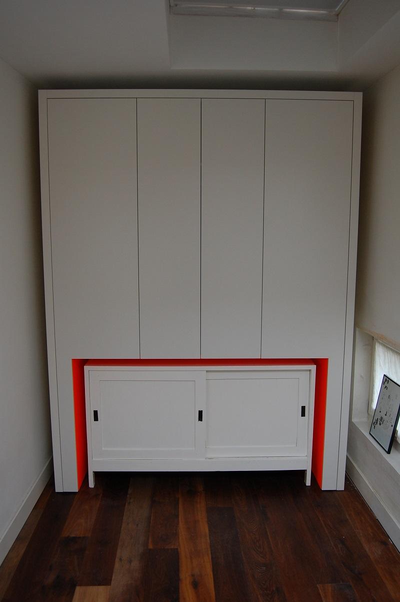 Kasten meubelmakerij barry klik - Kledingkast en dressoir ...